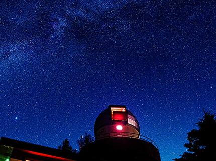 マナスル山荘天文館からの星空